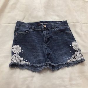 Other - Super cute shorts